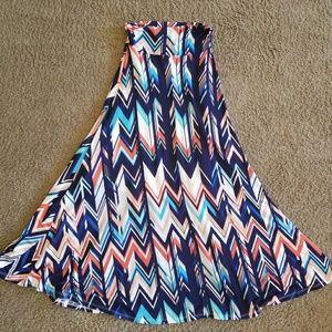 Chevron flowy maxi skirt - XS EUC